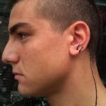 Uši 9